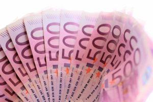Mit der richtigen Zahl 4 Millionen Euro gewinnen